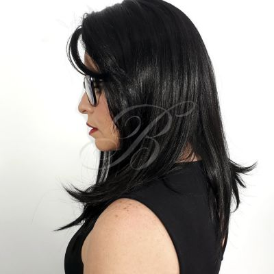Peruca Lace Front Nelly cor 1B - Fibra Japonesa Equal - BellaHair III