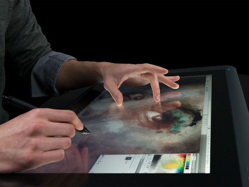 Display interativo Wacom Cintiq 22HD Pen & Touch - DTH2200  - foto principal 1