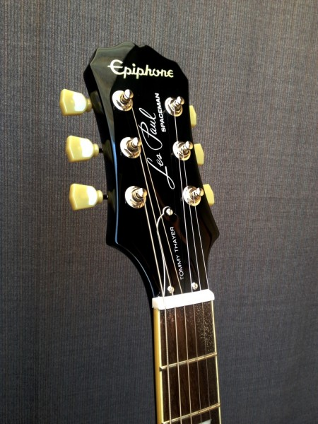 Epiphone standard - Space Man Tommy Thayer  ED Limitada  - foto principal 1
