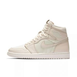 Air Jordan 1 Guava Ice