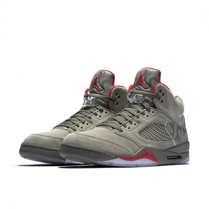 AIR JORDAN 5 RETRO TAKE FLIGHT 'REFLECTIVE CAMO'  - foto principal 1