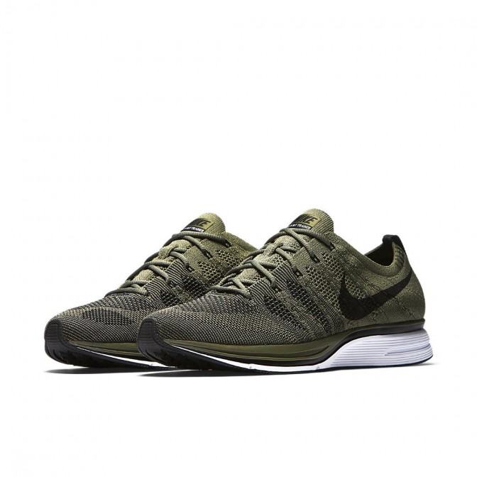 TÊNIS NIKE FLYKNIT TRAINER OLIVE  - foto principal 1