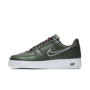 Tênis Nike Air Force 1 B HONG KONG