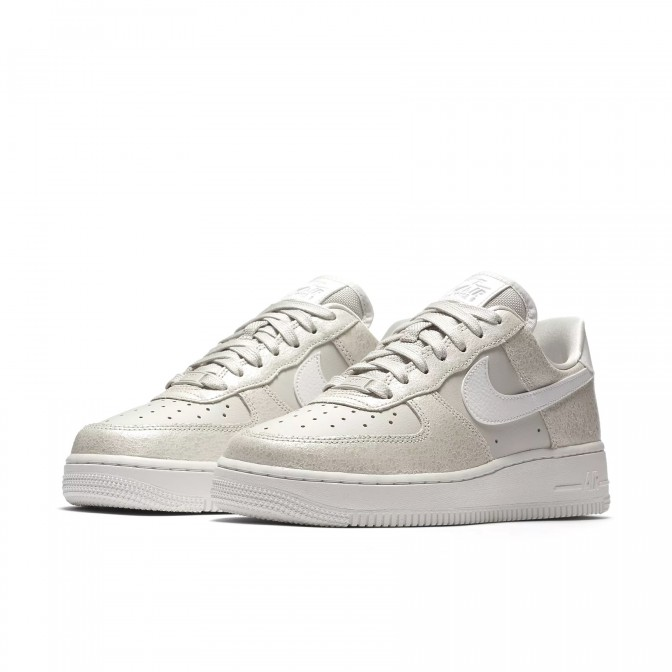 AIR FORCE 1 '07 LOW PREMIUM  - foto principal 1