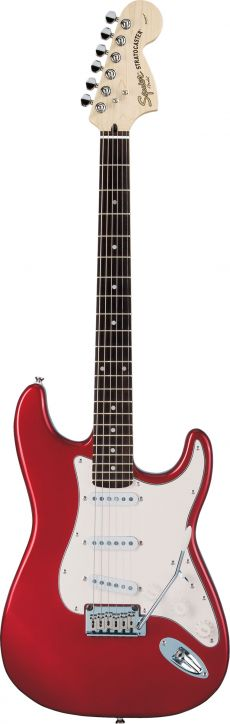 Guitarra Fender Squier Standard Stratocaster | 032 1600 | SSS | Candy Apple Red (509)