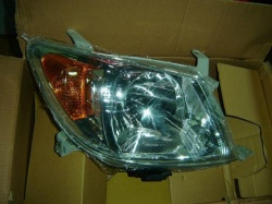 Farol Hilux Pick Up 05 a 08