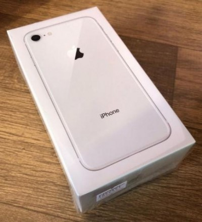 iPhone 8 PRATA 64GB Tela 4.7'' IOS 11 4G Wi-Fi Câmera 12MP - Apple  - foto principal 3