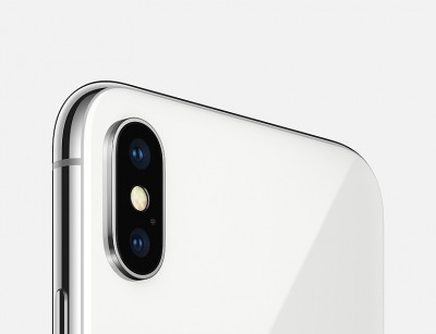 iPhone X 64GB PRATA Tela 5.8' iOS 11 4G Câm 12MP - Proc A11 Bionic - Apple  - foto principal 4