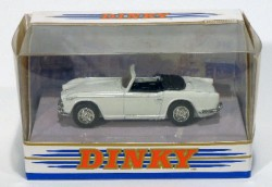 Triumph TR4A IRS 1/43 Matchbox Dinky toys Collection DY-20  - foto principal 2