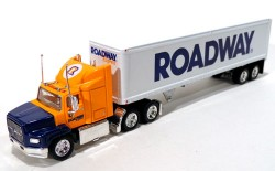 Ford Aeromas Tractor Trailer Roadway Express INC 1/97 Matchbox Collectibles DYM38007  - foto principal 1