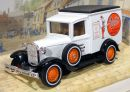 Model A Ford Van 1930 Pratts 1/40 Matchbox Models of Yesteryear Y-22-I
