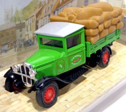 Caminhão Modell AA Ford 1 1/2 Ton Truck 1932 G.W. Peacock 1/46 Matchbox Models of Yesteryear Y62  - foto principal 1