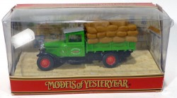 Caminhão Modell AA Ford 1 1/2 Ton Truck 1932 G.W. Peacock 1/46 Matchbox Models of Yesteryear Y62  - foto principal 2