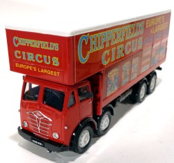 Caminhão Foden Closed Pole Truck With Caravan Chipperfields Circus 1/50 Corgi 97888  - foto principal 2