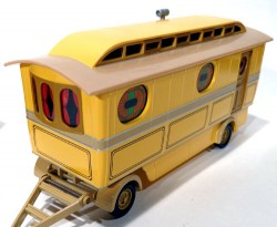 Caminhão Foden Closed Pole Truck With Caravan Chipperfields Circus 1/50 Corgi 97888  - foto principal 3