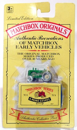 Massey Harris Tractor Matchbox Originals Authentic Recreations N 4  - foto principal 1
