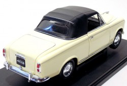 peugeot 403 1957 1/18 Welly  - foto principal 2
