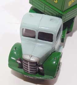 Caminhão Bedford Articulated Truck Billy Smart's Circus 1/50 Corgi 97300  - foto principal 2