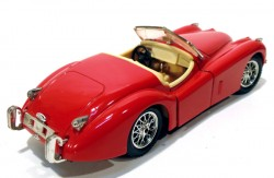 Jaguar XK 120 1948 1/24 Burago Made in Italy (COM DEFEITO)  - foto principal 2