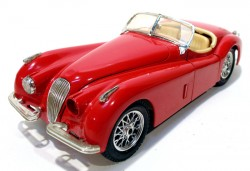 Jaguar XK 120 1948 1/24 Burago Made in Italy (COM DEFEITO)  - foto principal 1