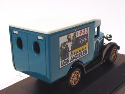 Chevrolet Van 1932 Los Angeles Olympic Games 1/76 Lledo  - foto principal 2