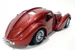 Bugatti Atlantic 1936 1/24 Burago made in Italy  - foto principal 5