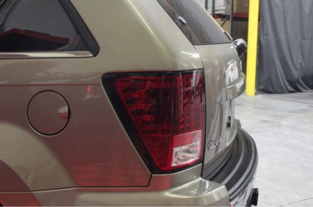 Lanternas Red Smoke LED Jeep Grand Cherokee - 2005 a 2007  - foto principal 1