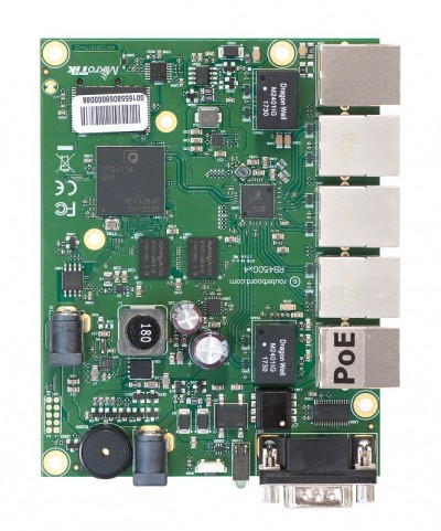 RouterBOARD 450Gx4 with four core 716MHz Atheros CPU, 1 GB RAM, 5 Gigabit LAN ports, PoE OUT on port #5, RouterOS L5  - foto principal 1