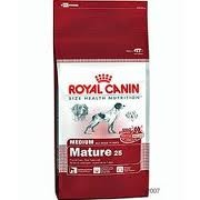 ROYAL MEDIUM ADULT 7+ 15kg
