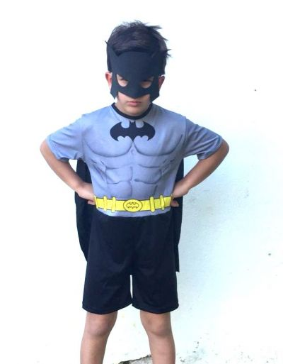 Fantasia Batman Pop curta