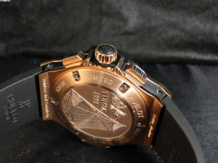 REPLICA DE RELOGIO HUBLOT BIG BANG EDITION FIFA - HUB07  - foto 4