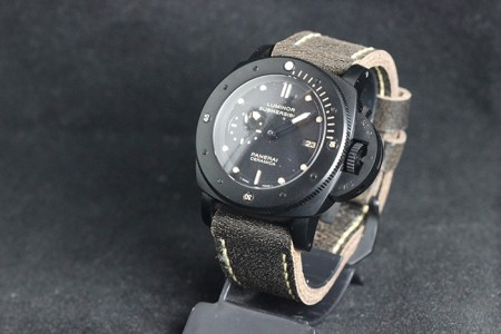 RELÓGIO PANERAI LUMINOR SUBMERSIBLE  - foto 3