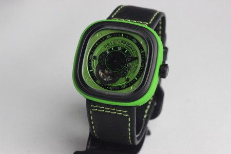 REPLICA DE RELOGIO SEVENFRIDAY  - foto 3