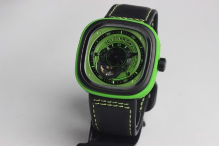 REPLICA DE RELOGIO SEVENFRIDAY  - foto 2