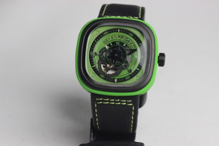 REPLICA DE RELOGIO SEVENFRIDAY  - foto 4