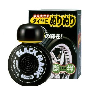 Black Magic - Tratamento Super Preto para Pneus - Soft 99 (150ml)