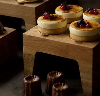 Pin Buffet Ware | Expositor Patisserie 23x23x16cm | Pinheirense