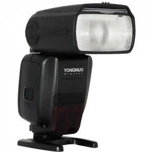 Flash Yongnuo Speedlite YN-600EX-RT II para Canon