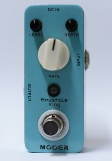 Pedal Mooer Ensemble King | Analog Chorus | Para Guitarra | USADO