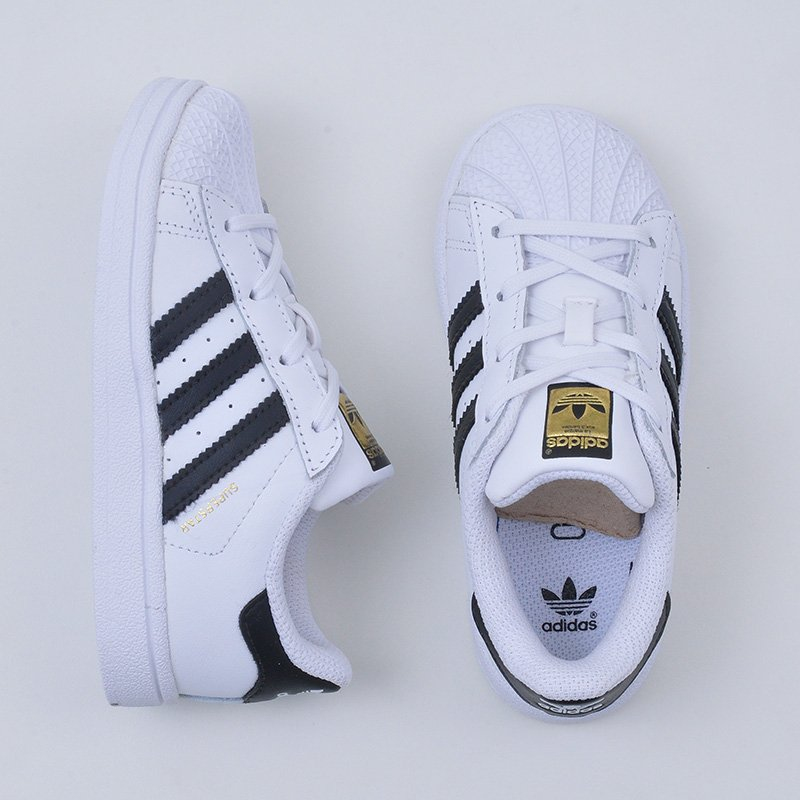 8f1084ee24f ... Adidas Superstar Foundation Juvenil. Please upgrade to full version of  Magic Zoom Plus™