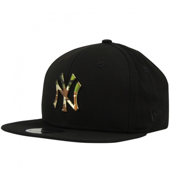 21ef72dd26 Boné New Era Snapback New York Yankees MLB Metal Logo 9FIFTY - Preto ...