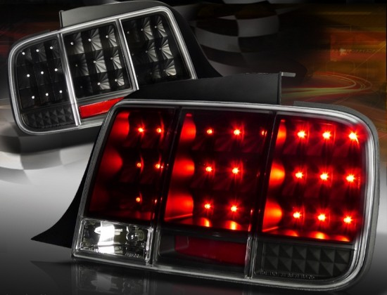 Lanterna Traseira RED / BLACK LED Ford Mustang GT - 2005 a 2009