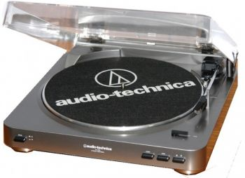 Toca Discos Audio Technica AT LP 60 USB Belt Drive  - foto 3