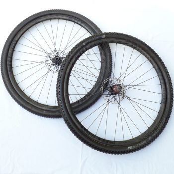 Par Rodas 29 Carbono Tubular p/ Lefty + Kit Pneus Tufo - Semi-novos